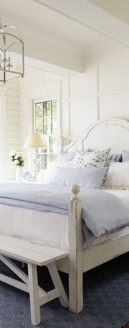 Beautiful white and blue for summer.