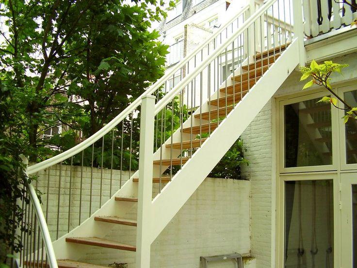 112 beste afbeeldingen over dakterras ideeen op pinterest for Houten trap buiten