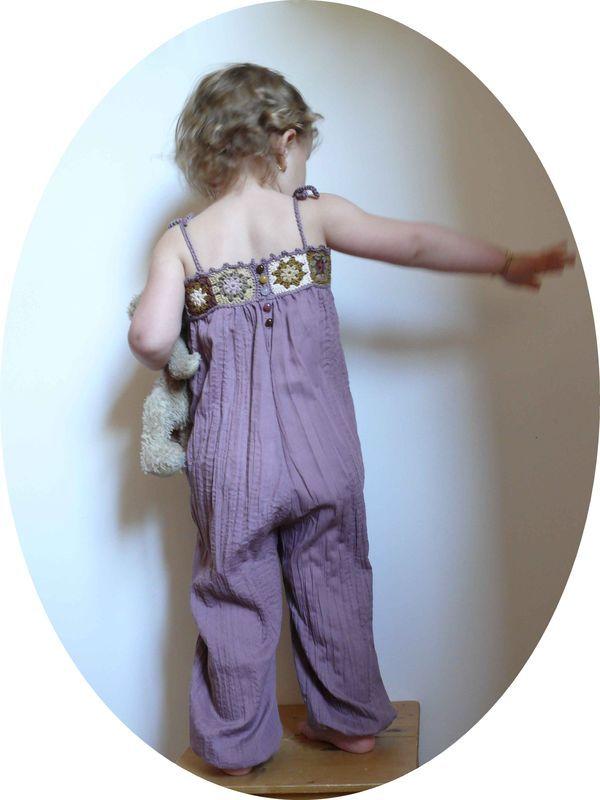 """patron du """"pantalon à taille élastiquée"""" des Intemporels pour Enfants + L'empiècement au crochet"""