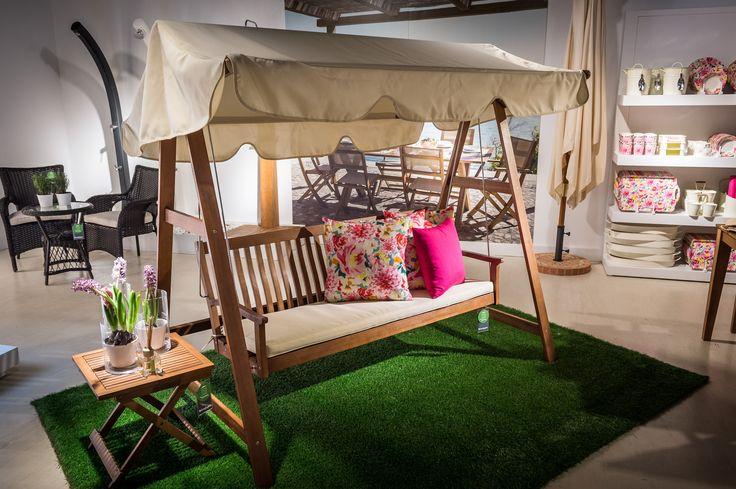 Balancín de 3 plazas Tahoma 339€, Mesa auxiliar plegable Tahoma 39€ #terraza #jardín #deco