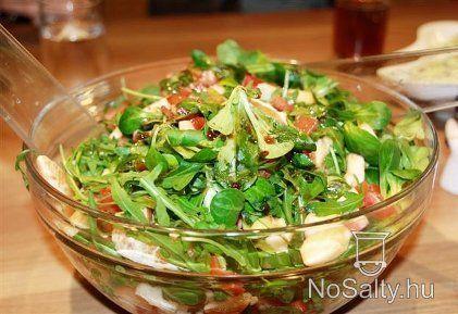 Mandarinos-balzsamecetes zöldsaláta  http://www.nosalty.hu/recept/mandarinos-balzsamecetes-zoldsalata
