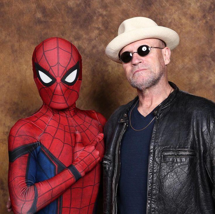 thank you Yondu! #michaelrooker #yondu  #marvel #marvelcomics #marvelcosplay #spiderman #cosplay #spidermancosplay #peterparker  #Spiderverse #rpcstudio  #photofunia #SpiderManHomecoming #amazingspiderman #comiccom #東京コミコン #東京コミコンコスプレ #TokyoComicCon2017