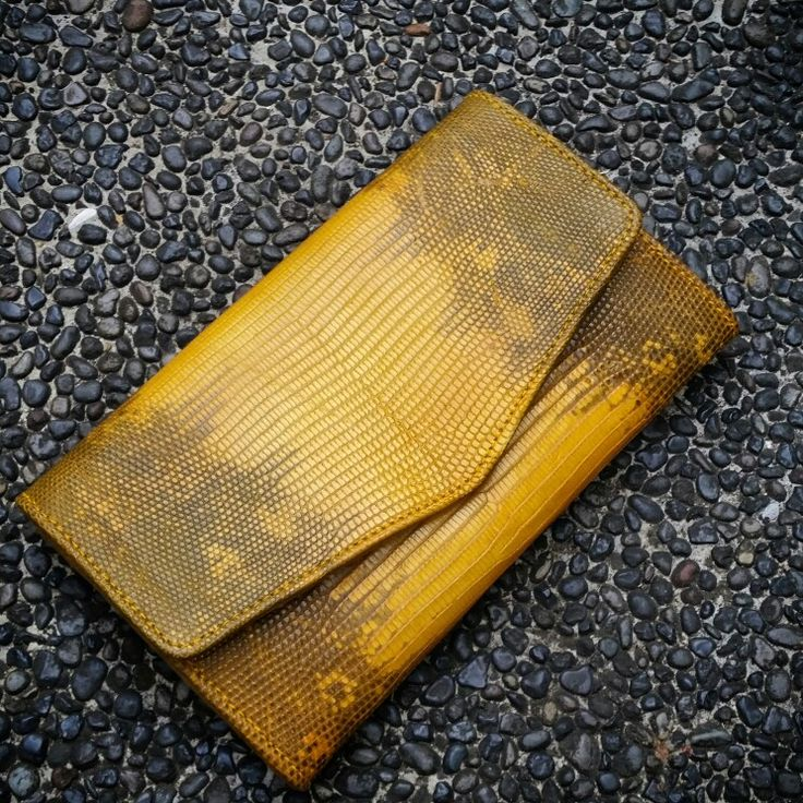 Yellow lizard varan wallet handmade style leather