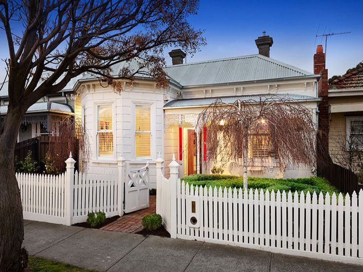 Stalking a repeat in Yarraville