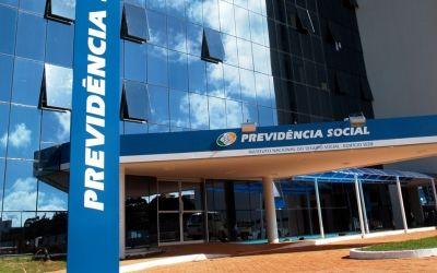 Mais de 33 mil capixabas devem passar por revisão no INSS a partir do próximo mês - Folha Vitória
