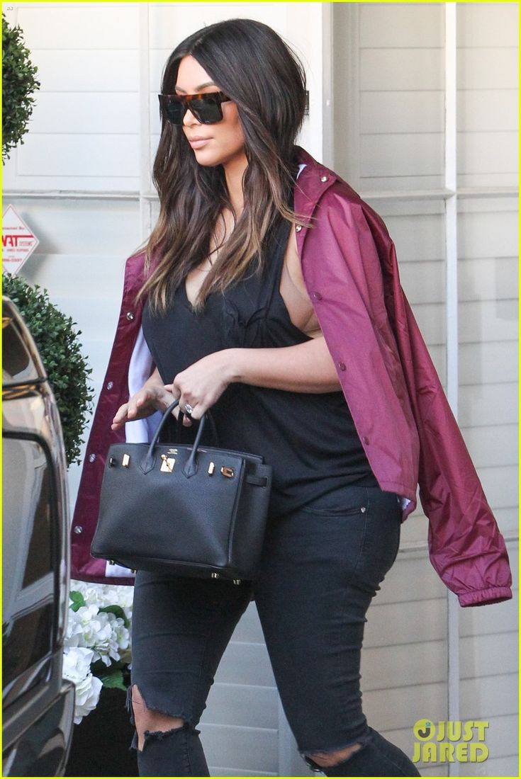 Kim Kardashian Spends the Day With Scott Disck and Kendall Jenner: Photo #3609244. Kim Kardashian and Kendall Jenner make their way out of Epione Cosmetic Laser Center on Friday afternoon (March 18) in Beverly Hills, Calif.     Earlier in the day,…