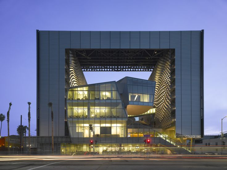 Elegant Emerson College, Los Angeles, CA (Architect: Morphosis) Photo: Roland Halbe Nice Ideas