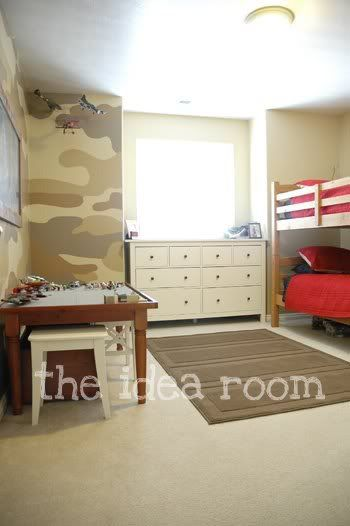 boy room - like the camo, do you think I could paint this for Gavyn, and keep the setup simple?