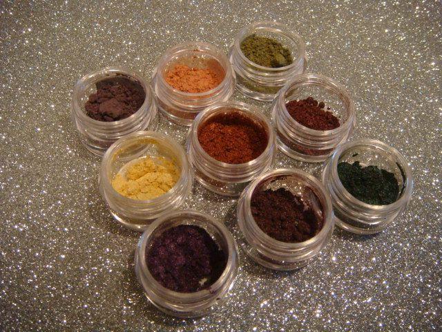 Sombras Minerales ChriMaLuxe Minerals.