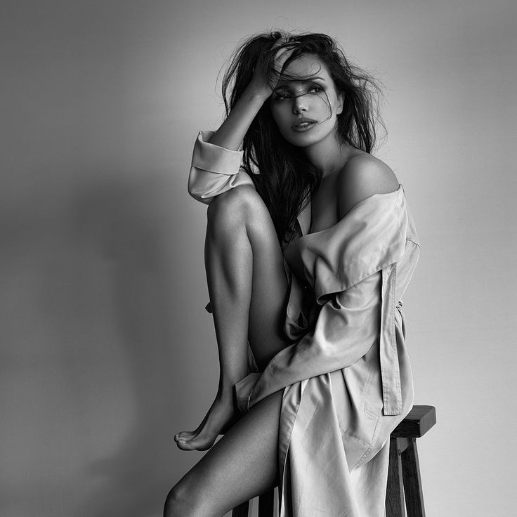 © Peter Coulson 2015 Photographer: Peter Coulson @ www.peter-coulson.com.au Model: Tanya @Vicious Models  Lighting: window light