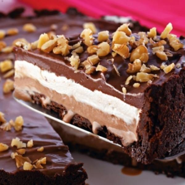 Torta De Sorvete De Chocolate Com Marshmallow Receita Com Imagens Sobremesas Receitas De Tortas Doces