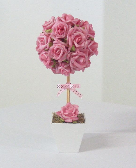 Topiaria de Rosas e Fita com Poás