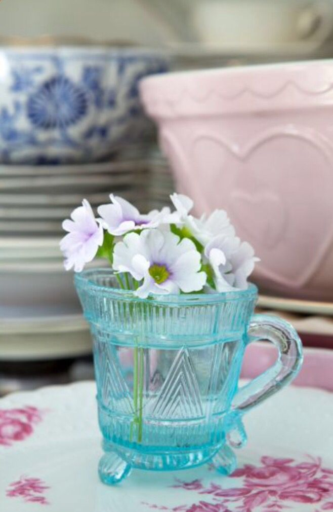 """This flowery decoration detail is from our feature """"Flair with Flowers"""""""