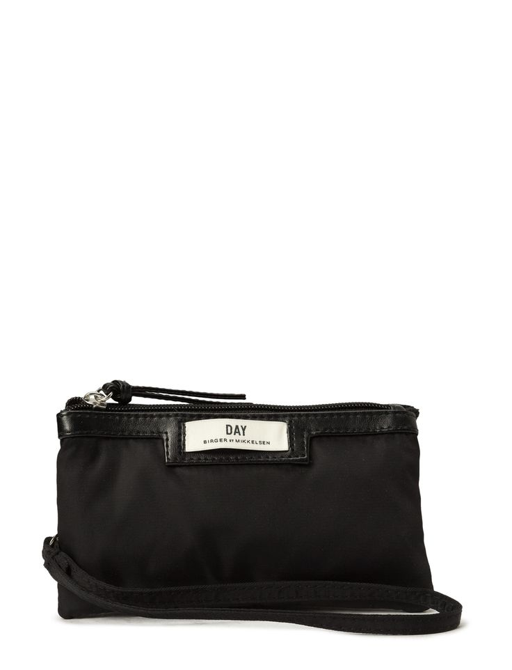 DAY - Day Gweneth Purse Double compartments Inner lining Logo detail Top zip closure Wristlet strap Clutch design Elegant and feminine Practical The Gweneth is a DAY staple piece that combines femininity and functionality.