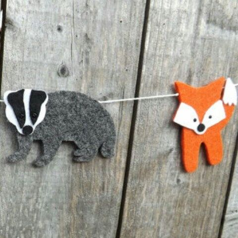 25 unique felt banner ideas on pinterest felt felt for Badger christmas decoration