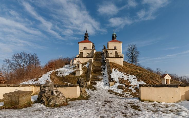 Fotografie: Kalvárie - Ostré - Kategorie: architektura - zeropixel.cz