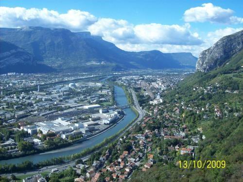 Grenoble: Superbe vue sur Grenoble ! - France-Voyage.com