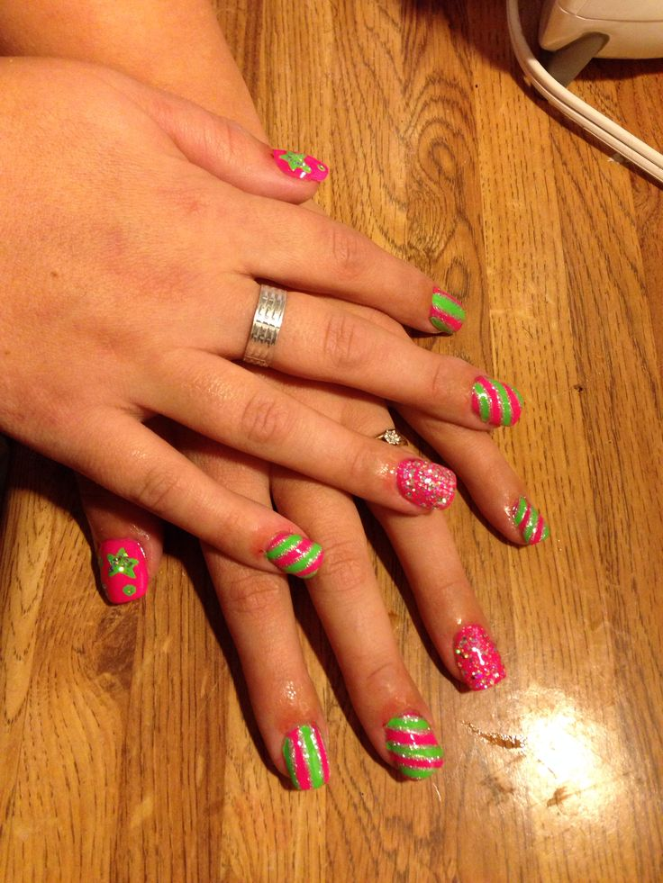 Acrillics with funky nail design 2 by tash