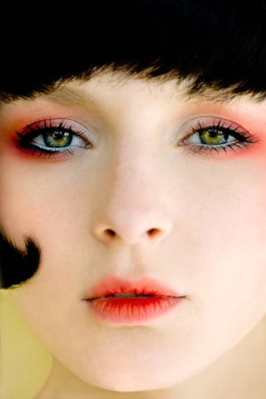 dark-red-makeup.jpg (300×450)