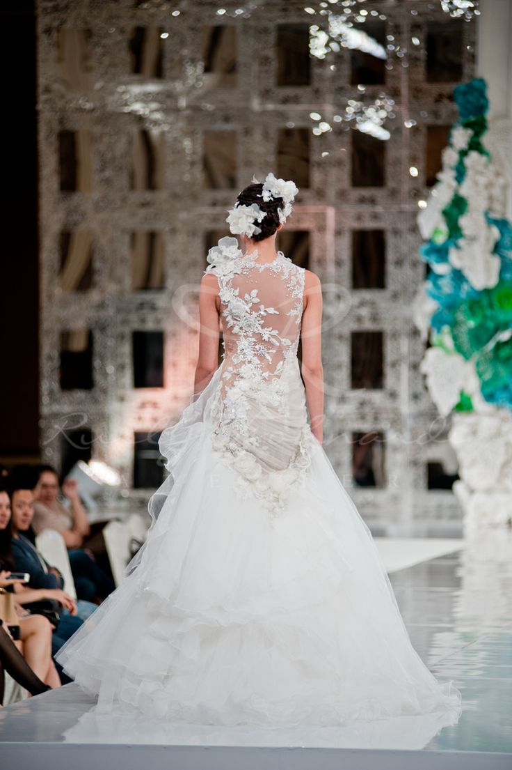 Back details - Wedding Gown by Rusly Tjohnardi Atelier Makeup by Erika Jennings and Belle Atelier team Photographer: Angela Elgiva (Elgiva Photography) #backstage #amore #weddinggown #weddingdress #fashionshow #white #couture #hautecouture #couturier #designer #fashiondesigner #asiandesigner #models #ruslytjohnardi #ruslytjohnardiatelier #runway