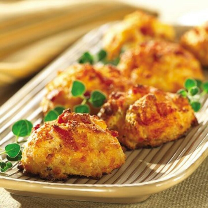 Bacon cheese biscuits | Food | Pinterest