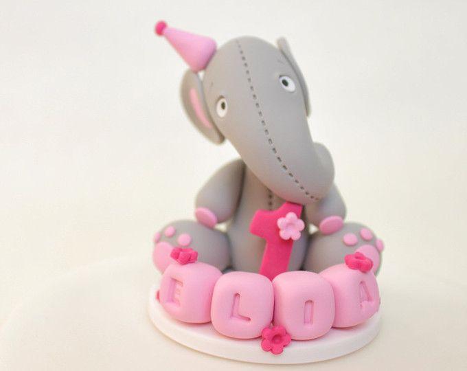 Fille d'anniversaire, personnalisé éléphant pâte Cake Topper avec l'âge et le nom de blocs, shower de bébé, souvenir de baptême