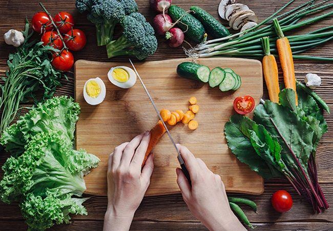 10 τρόποι να κάνετε τη σαλάτα σας πιο απολαυστική!