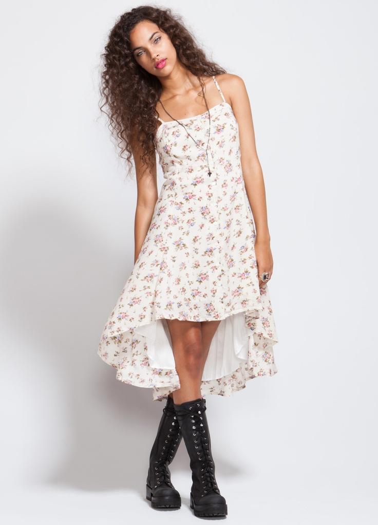 Floral Hi low dressFancy Huh, Features Adjustable, Adjustable Straps, Floral Patterens, Fashion Inspiration, Buttons Dresses, Length Models, Hi Low Floral, Hi Low Dresses