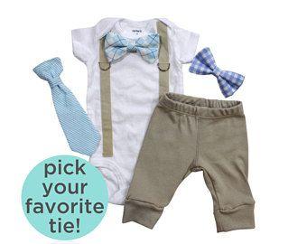 Traje de hospital de niño recién nacido. Bebé azul. Azul claro. Ropa de niño Coming Home. Ropa de niño recién nacido. Recién nacido pajarita pajarita corbata.