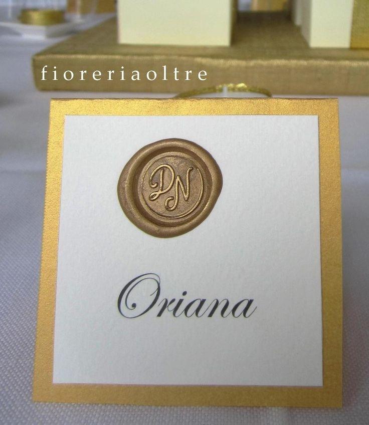 Fioreria Oltre/ 50th wedding anniversary/ Golden anniversary place card/ Gold seal place card/ Wax seal escort card