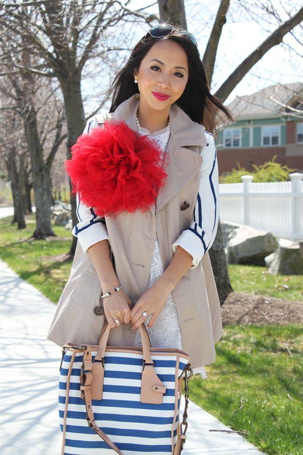 Los broches flor BelleChic están siendo un éxito! Nos fijamos en la forma en que los combina la BLOGGER KHATU del blog 'I am Khatu'. ¿Qué os parecen?  AQUÍ > http://www.colettemoda.com/categoria-producto/estilo/broches-estilo/  #colettepalencia #moda #broche #estilo
