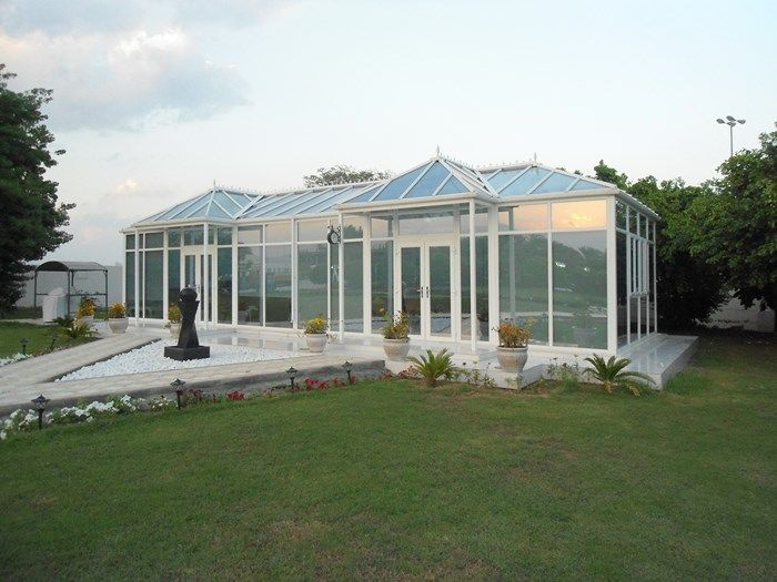 31 best images about glass rooms conservatories and bi for Glass rooms conservatories