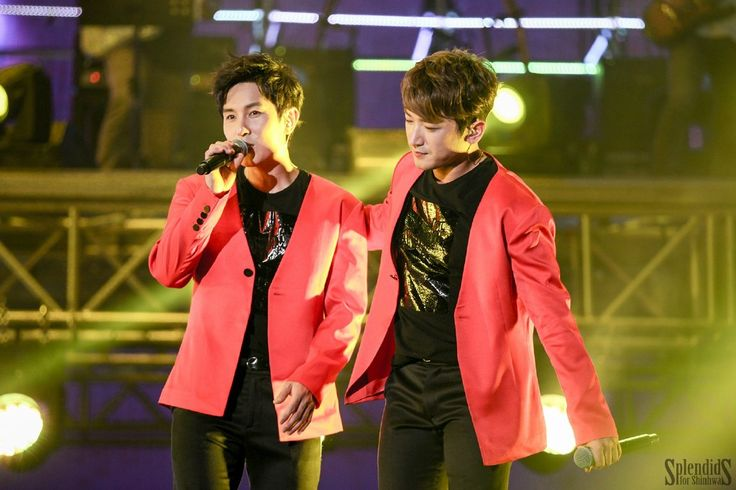 17th Anniversary Concert WE (Beijing): 동완 & 민우