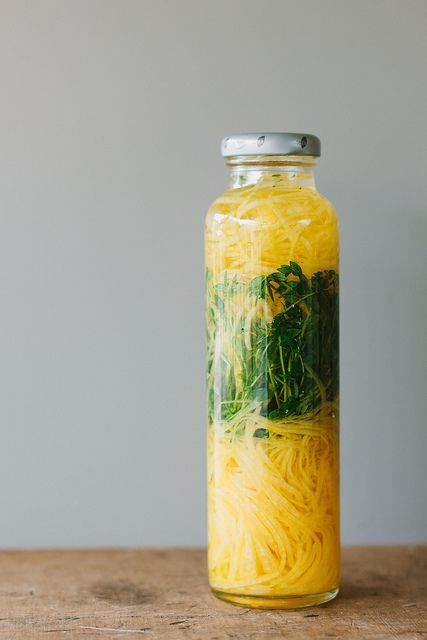Homemade lemon thyme extract