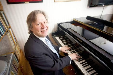 Folke Gräsbeck and Peter Lönnqvist will be playing well known pieces with 4-hands on piano. #Sibelius #Festival
