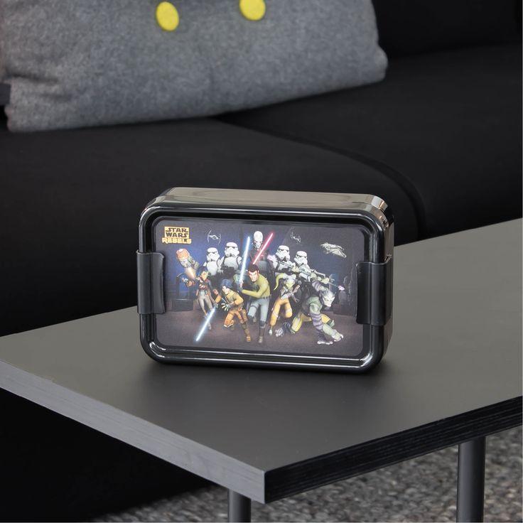 Dekorativ Disney Star Wars madkasse designet af Room Copenhagen. Smart madkasse med motiv fra den populære Star Wars-serie Rebels.