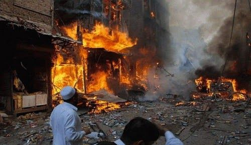 Δεκάδες νεκροί από έκρηξη σε τέμενος στο Πακιστάν