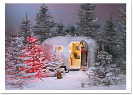 92 best christmas and camping images on pinterest for Airstream christmas decoration