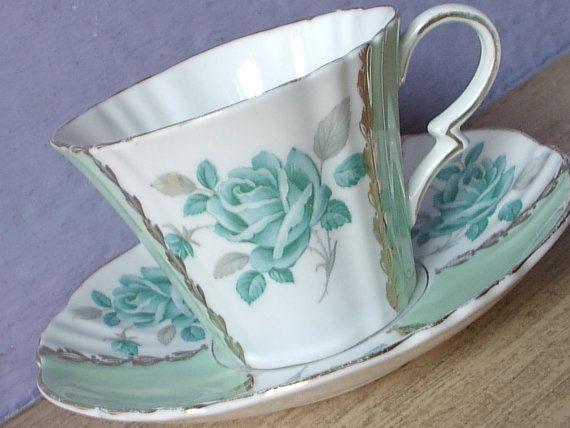 Antique Royal Standard blue rose tea cup and saucer, English tea cup, art deco…