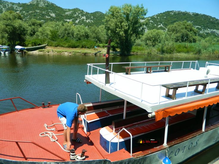 National Park, Lake Skadar, Virpazar, Montenegro, Nikon Coolpix L310, 4.5mm, 1/1000s, ISO80, f/3.1,+0.7ev, HDR-Art photography, 201607091306