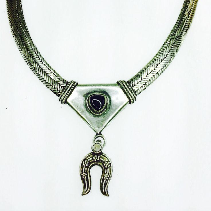 Silver and onyx neckpiece