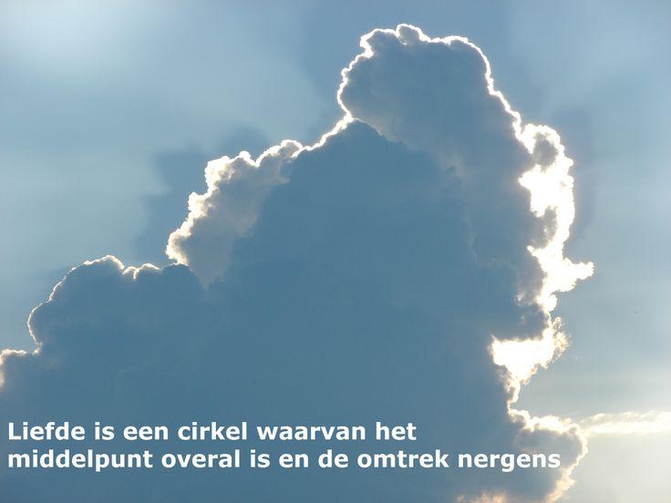 Liefde. Meer op www.facebook.nl/hooggevoeligheelgewoon en www.hooggevoeligheelgewoon.nl