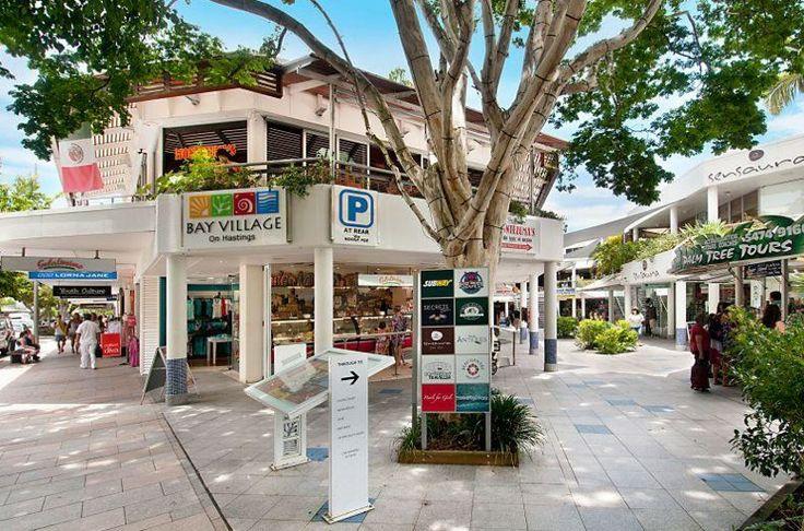 shops on hastings street noosa