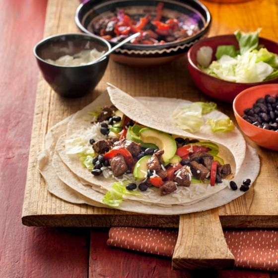 Burrito met biefstuk, rijst en groenten