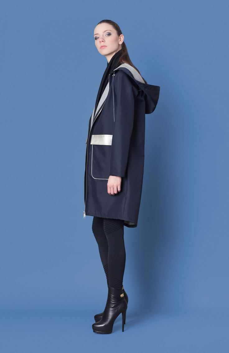 Cocoon Fall - Winter 2014-15 / Blu collection / Coat with hood