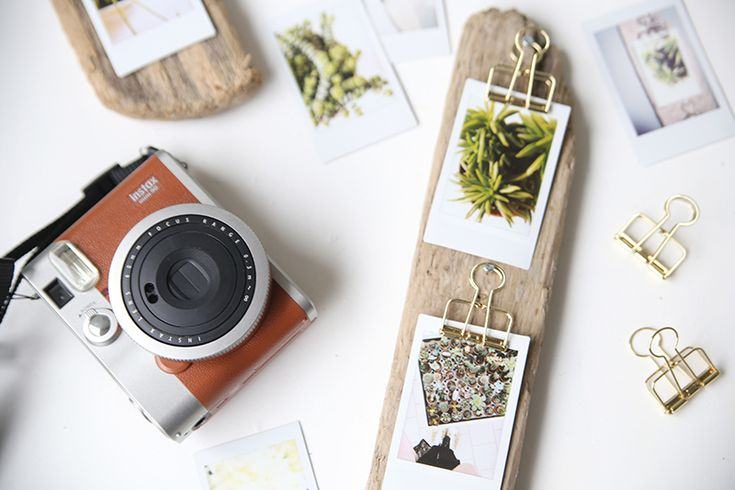 Christmas is around the corner – so it's really time to think about gifts for your loved ones. Our Instax gift ideas give you inspiration for personal Christmas presents that you would …