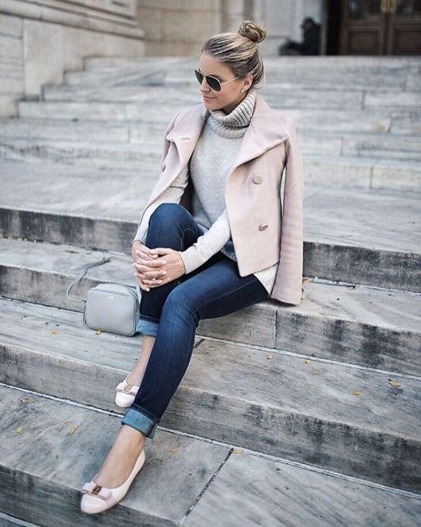 Partnering with @anntaylor on the blog today sharing a few favorite jackets for fall! (link in bio) #thisisann #ontheblog http://liketk.it/2pt0u @liketoknow.it #liketkit