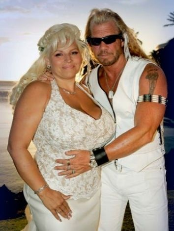"""Duane 'Dog' Chapman, the bounty-hunter-turned-reality-star, married Beth Smith, his longtime companion, in Kona, Hawaii in 2006. The committed couple waited 16 years before saying, """"I do."""" Photo: AP"""