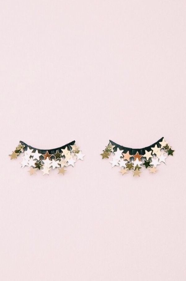 Pin By Mama Jots On Wallpaper Cute Backgrounds For Phones Eye Make Up Lashes