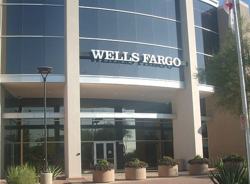 Wells Fargo Home Mortgage Is Located Just North Of The Light Rail Stop At Priest Dr Washington St In Tempe AZ This Also Known As Papago Park